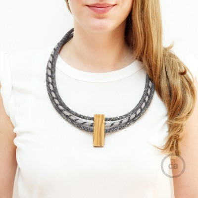 Collier Circles couleurs: Anthracite et Lin Naturel RD74, Anthracite et Lin Naturel RD54 et Anthracite et Lin Naturel RD74.