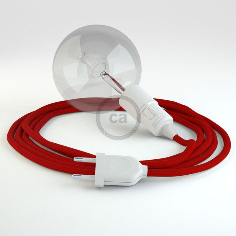 Créez votre Snake Effet Soie Rouge RM09 et apportez la lumière là où vous souhaitez.
