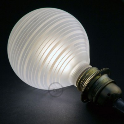 Lampadina Decorativa Componibile LED G125 con vetro bianco con linee orizzontali 5W E27 Dimmerabile 2700K