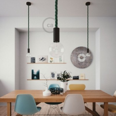 Lampe suspension en bois peint en noir avec corde 2XL en tissu vert foncé brillant 24 mm, Made in Italy
